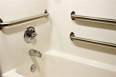 Bathtub Bars Elderly by Bathroom Safety For Elderly 9 Tips To Prevent Injuries