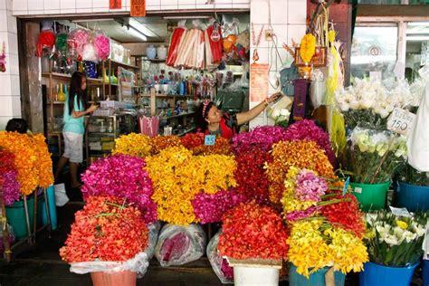 mercato fiori mercato dei fiori a bangkok pak khlong talat thailandia