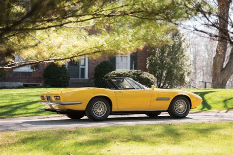 yellow maserati ghibli original first car of the maserati ghibli spyder auto