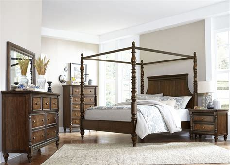 Cherry Bedroom Set by Verlyn Cherry Canopy Bedroom Set From Homelegance