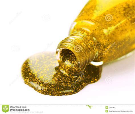 Gouden Nagellak by Gouden Nagellak Stock Afbeelding Beeld 24647401