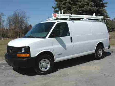buy used 2004 chevy express g2500 work cargo van very clean in butler pennsylvania united