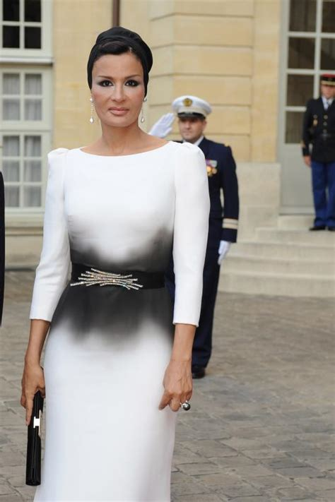 sheikha mozah bint nasser fashion pictures shoes dresses