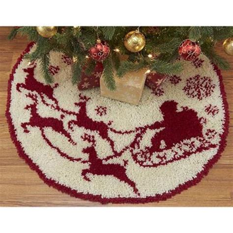 latch hook christmas tree skirt kits craftways 174 santa s sleigh tree skirt latch hook kit