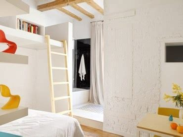 Life in small rooms: 5 micro apartments and how they fit