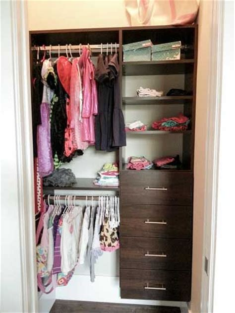kid closet drawers and closet on