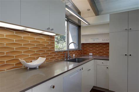 mid century modern kitchen backsplash mid century modern kitchens inspiration and design ideas