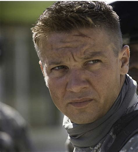 jeremy renner hairstyle jeremy renner textured hairstyle short hairstyle 2013