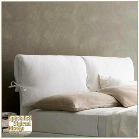 spalliera letto con cuscini testata letto imbottita con cuscino specialisti sistemi