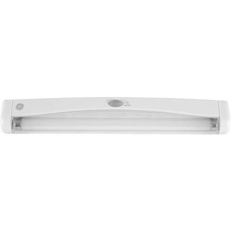 Fluorescent Closet Light Fixtures Closet Light Fixtures With Motion Sensor Dbf27leds Pir Motion Sensor Light With For Hallway