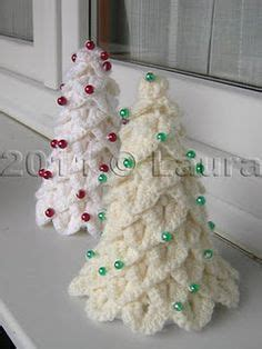 10 fast and easy christmas crochet free patterns for last