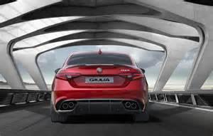 Alfa Romeo Slogan Eindelijk Hier Is De Nieuwe Alfa Romeo Giulia Autowereld