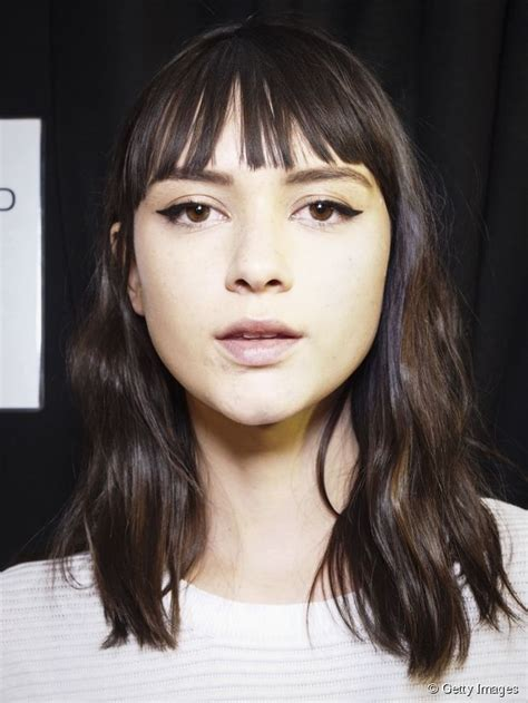 piecey bangs pictures blunt piecey bangs for an easy chic hairstyle