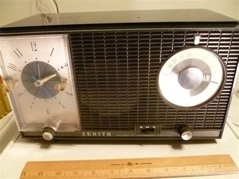 zenith automatic frequency l727 am fm alarm clock radio s 54567 vintage 50s alarm clock