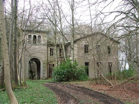 abandoned mansions for sale cheap sadly utterly abandoned mansions lis anne harris
