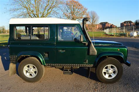 racing land rover landrover defender land rover defender 90 300 tdi