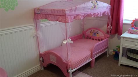 canopy toddler beds for girls canopy bed design pretty cute disney princess canopy bed