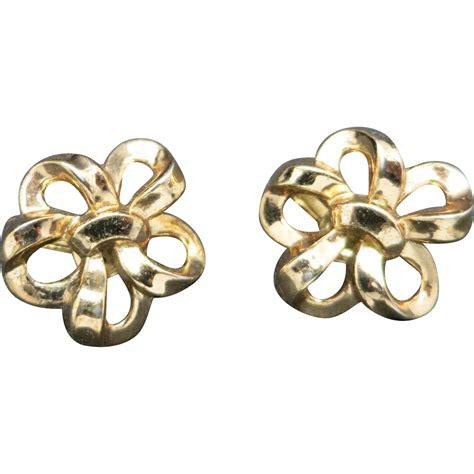 Gold Tone Clip Earrings trifari earrings gold tone metal clip on from