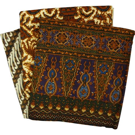 Kain Batik Br 1 lot batik kain panjang wax dyed cotton textiles 20th from aa on ruby