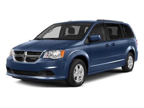 2019 Chrysler Town by 2019 Dodge Grand Caravan Vs 2019 Chrysler Town And Country