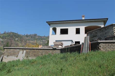 casa immobiliare it vendesi indipendente con 3500 mq di terreno olevano romano