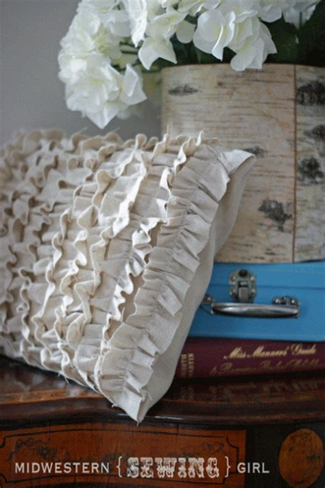 Ruffle Pillow Tutorial by 12 How To Sew Ruffles The Easy Way Tip Junkie