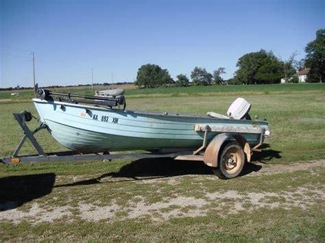 14 aluminum boat 14 aluminum fishing boat www imgkid the image kid