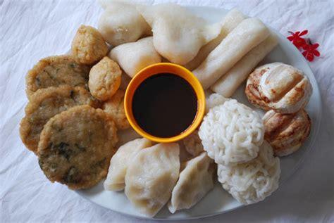 typical  palembang food palembang