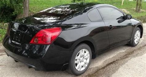 purchase   nissan altima  coupe black tinted