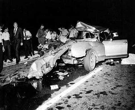 car accidents deaths pics graphic fatal car accident photos this blog rules why