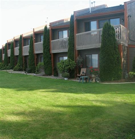 Qualicum Resorts Cabins by Shorewater Resort Qualicum Hotel Accommodation
