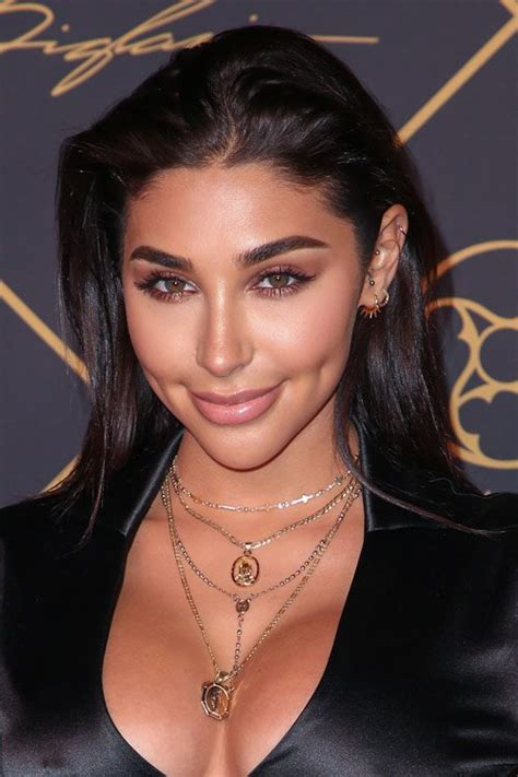 chantel jeffries hair chantel jeffries straight dark brown angled hairstyle