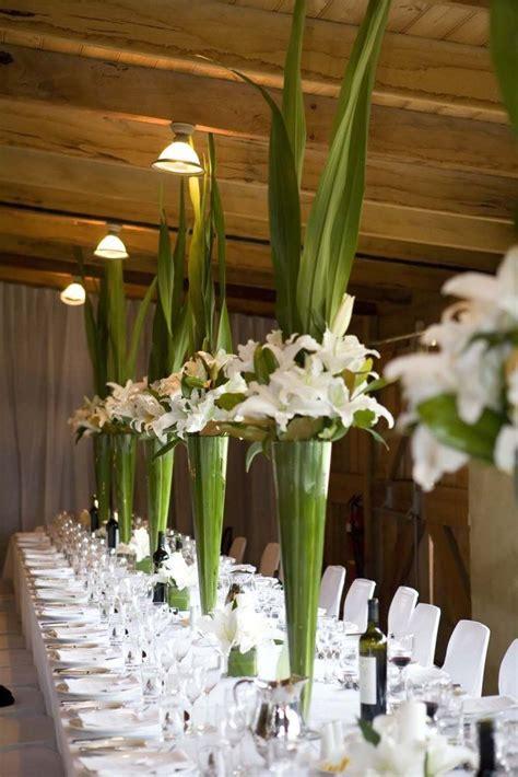 wedding ideas for stunning tall centerpieces