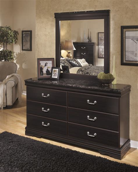 Dresser Bedroom Furniture Esmarelda Dresser B179 31 Bedroom Dressers Price Busters Furniture