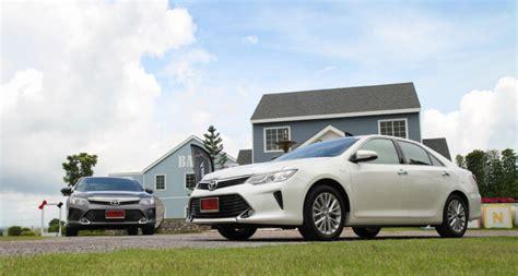 2016 Toyota Camry 2 5 G toyota camry 2 5g 2016 driveautoblog