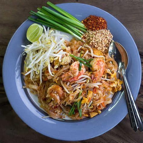 cuisine thailandaise recette recette du pad tha 239 nouilles saut 233 es tha 239 landaise