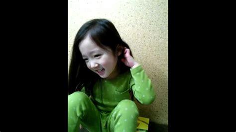 baby shark youtube korean korean baby does gwiyomi player youtube
