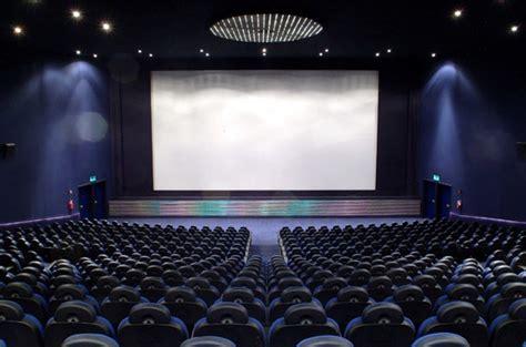 cinema candelo programmazione cosa c 232 al cinema stasera la provincia di biella