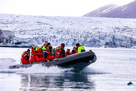 glacier boat tours jokulsarlon glacier lagoon zodiac boat tour day tour