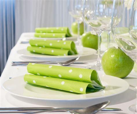 """Servietten mit #PolkaDots   Tischdekoration """"grüner Apfel"""