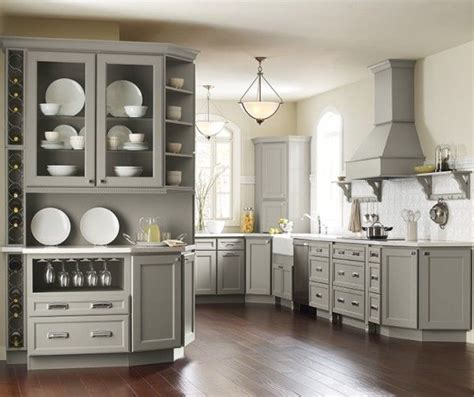 who makes kraftmaid cabinets best 25 kraftmaid cabinets ideas on gray and