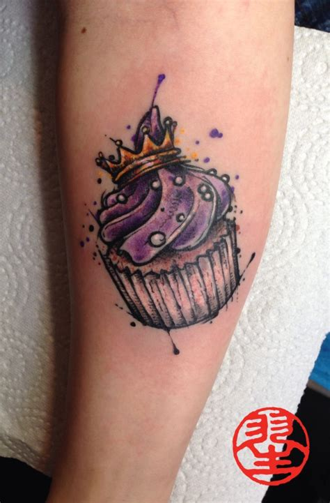 unterarm tattoo one piece cupcake watercolour sketchy tattoo am unterarm habu san