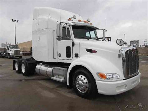 Peterbilt Sleeper Options by Peterbilt 386 2013 Sleeper Semi Trucks