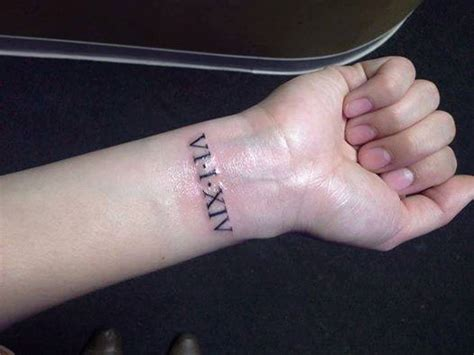 roman numerals tattoo on wrist 32 number wrist tattoos design