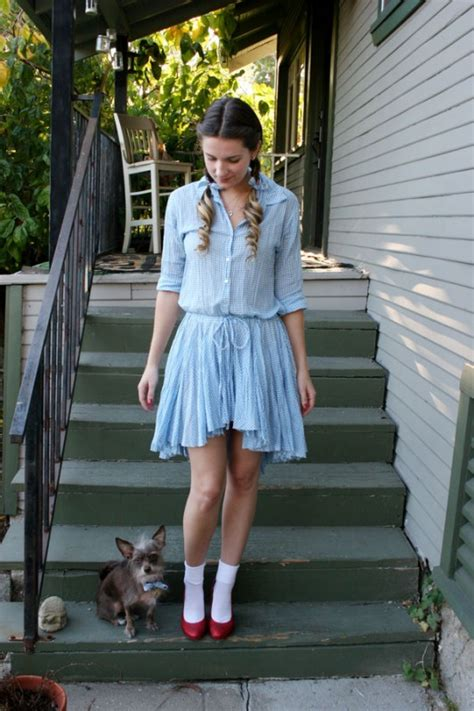 Handmade Dorothy Costume - 10 easy costumes for dead curious