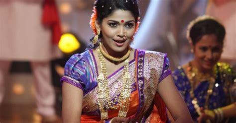 heroine wallpaper shayari marathi actress heroine pooja sawant photos wallpapers