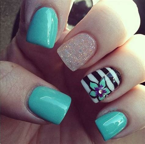 flower pattern on nails 45 pretty flower nail designs for creative juice