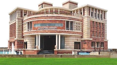 Poddar College Jaipur Mba Fees by Jaipur National School Of Business