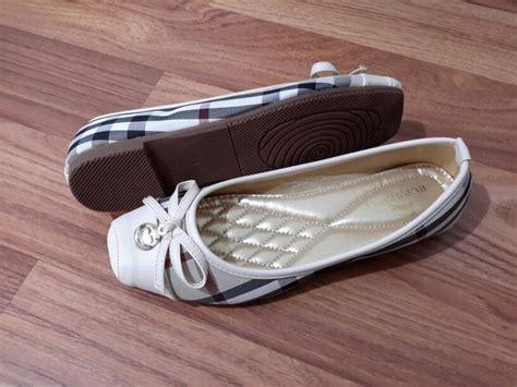 Baru Sepatu Boots Wanita Pita Sbo315 13 jual sepatu flat burberry pita import type 299 79 532 artatishineshop