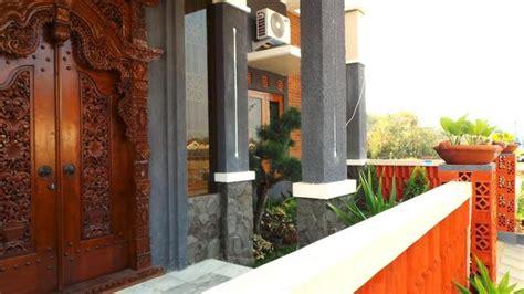 gambar tips pilih model pintu sesuai luas tempat konsep rumah desain  rebanas rebanas